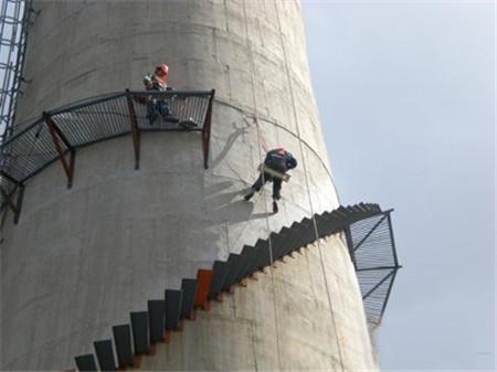 烟囱安装旋转爬梯
