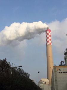 岳阳林纸股份公司210米套筒式烟囱改造